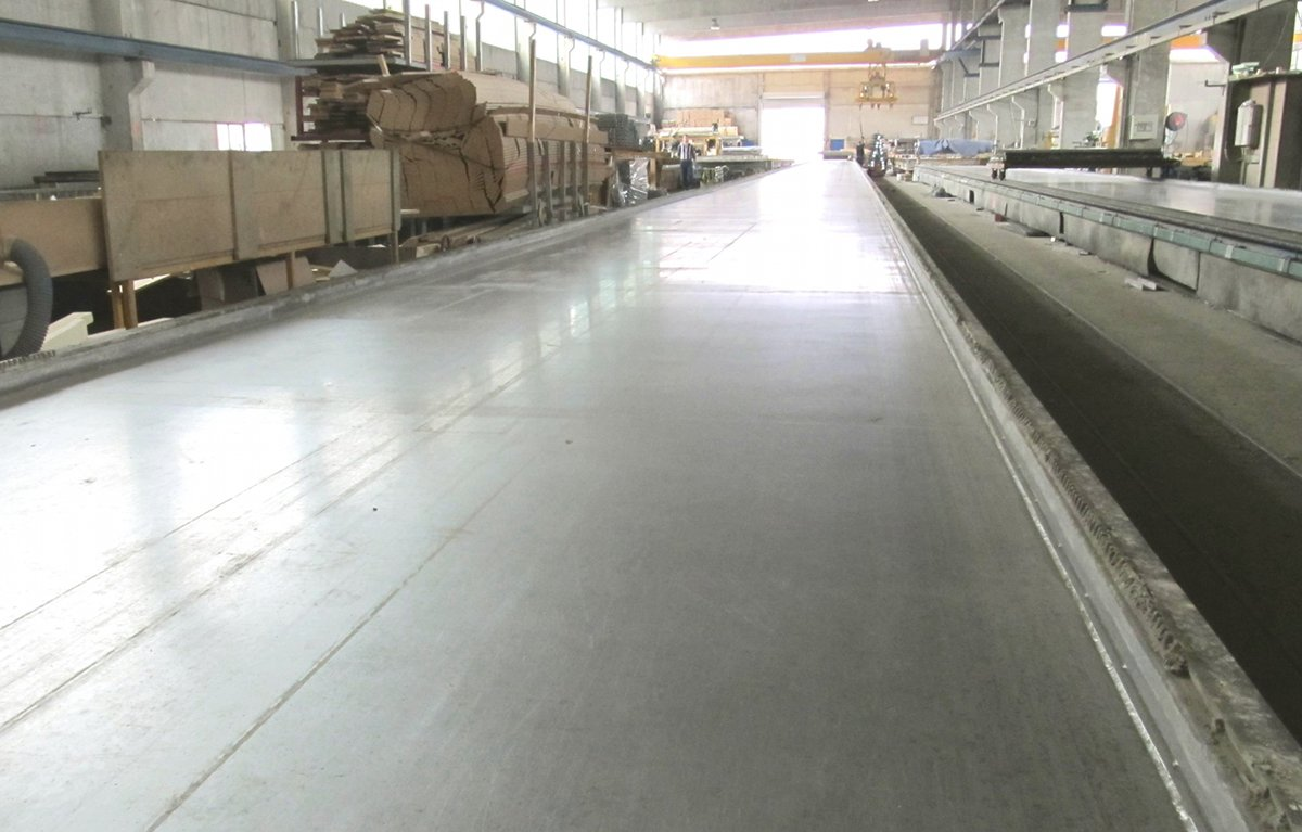 Precast Concrete Casting Table Px on Thermal Beds